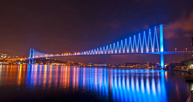 Bosphorus Bridge, Istanbul, Turkey by ahmetkutuk