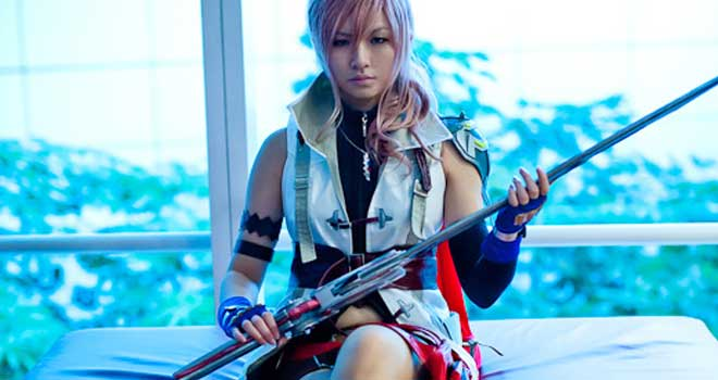Final Fantasy XIII - Lightning Cosplay by Darren Sim