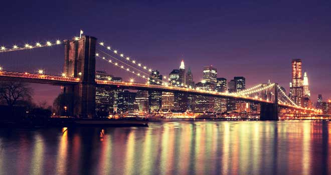 New York: Brooklyn Bridge by Oleg Podzorov